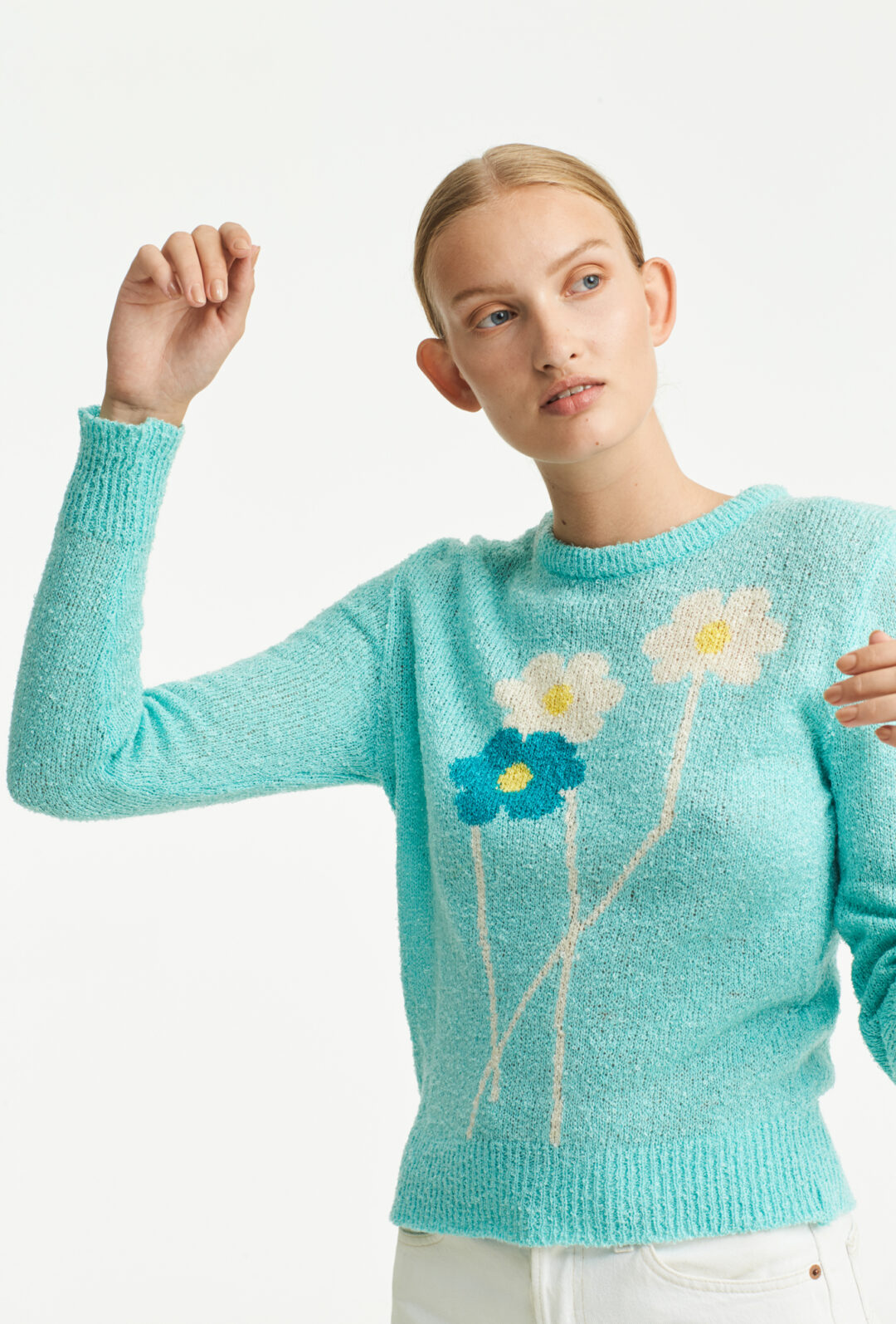 Collect23_daisy sweater