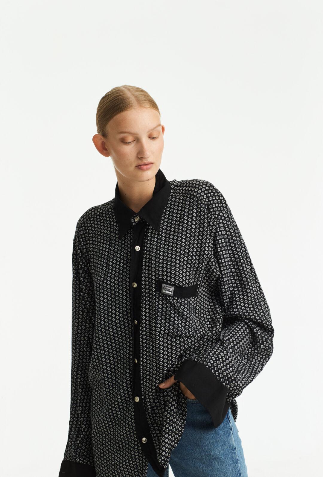 Collect23 vintage Versace shirt