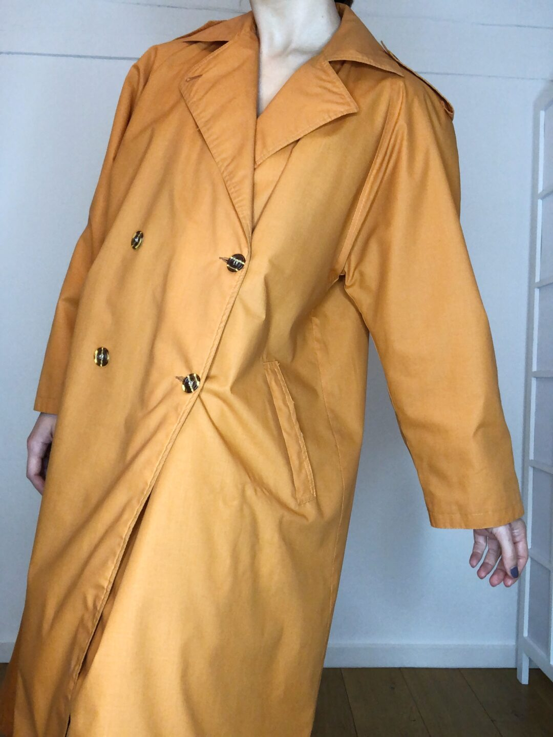 Vintage Collect23 trench