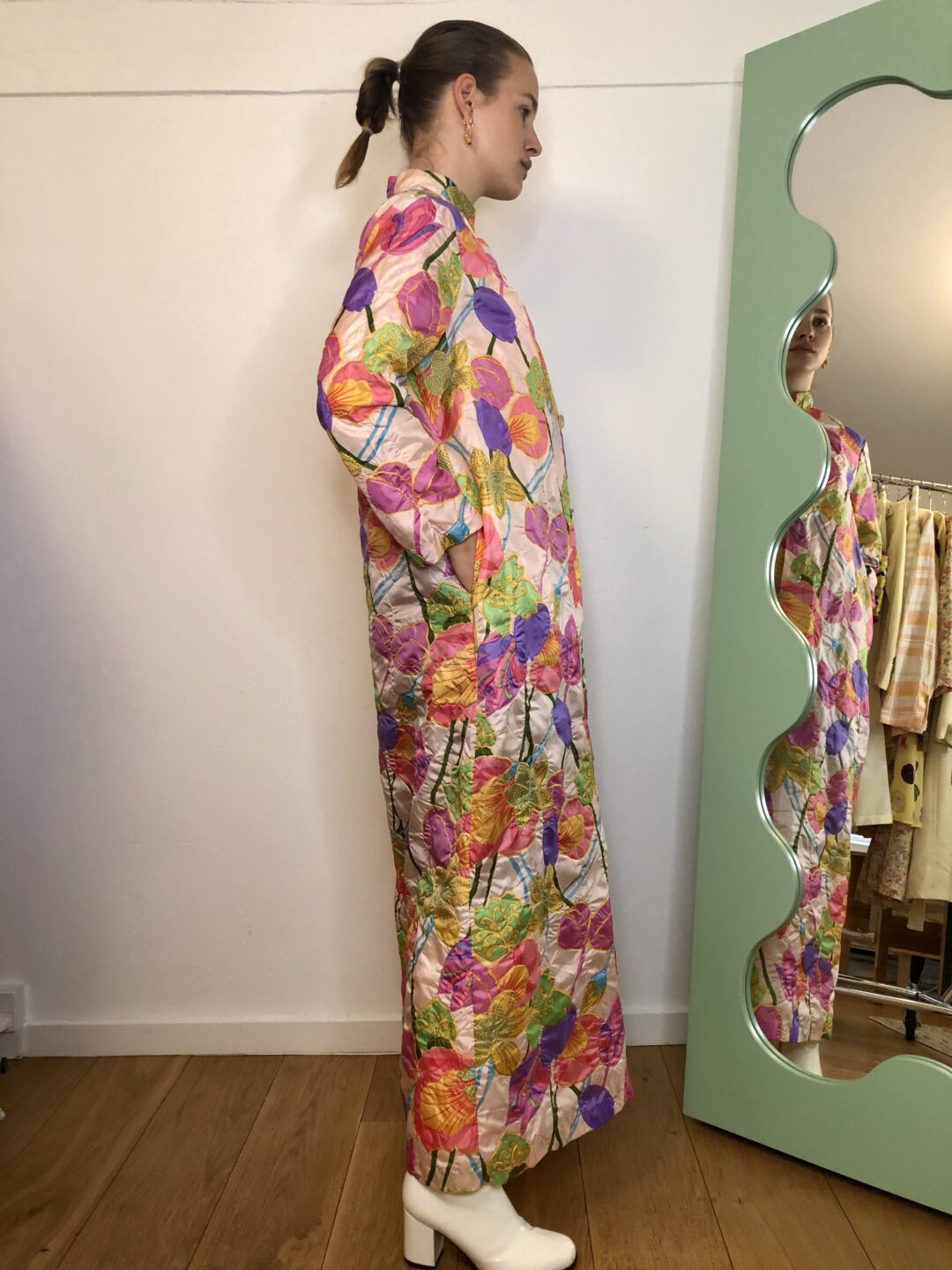 Collect23 vintage floral robe