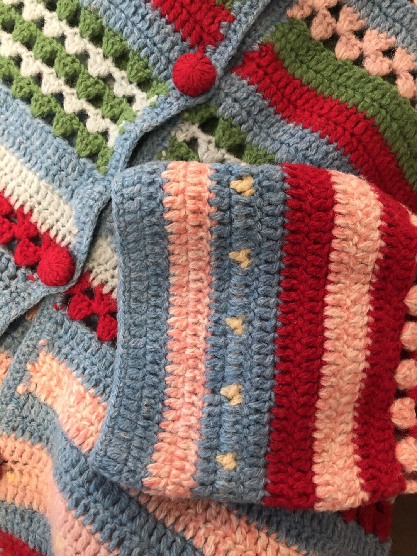 Vintage Collect23 crochet cardi