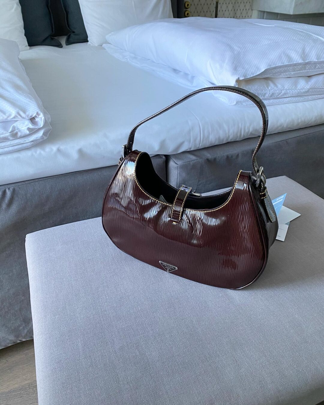Collect23 Prada bag