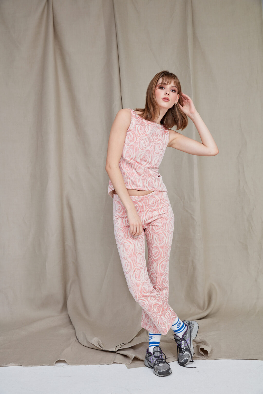 Collect23 Rose pant suit